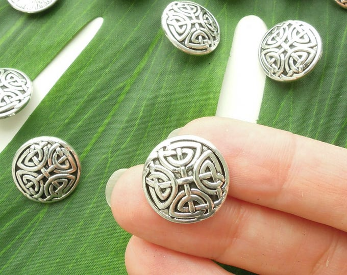 5 Celtic knot metal vintaged silver colour buttons, Irish knot Viking knot shank buttons, Antiqued silver metal buttons, Shank metal buttons