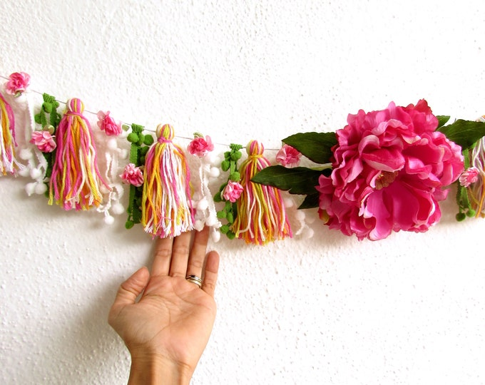 Yarn tassel pom-pom garland, Pink cotton tassel banner, Peony and roses bunting, Flower wall hanging, Home decor, Baby Shower decoration