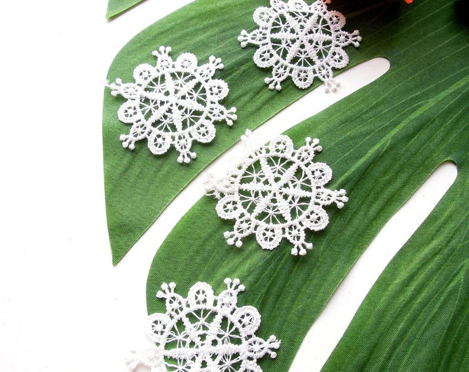10 White lace appliques  White lace sew-on patches  Lace embellishments  Wedding invitations lace applique  Shabby-chic scrapbooking