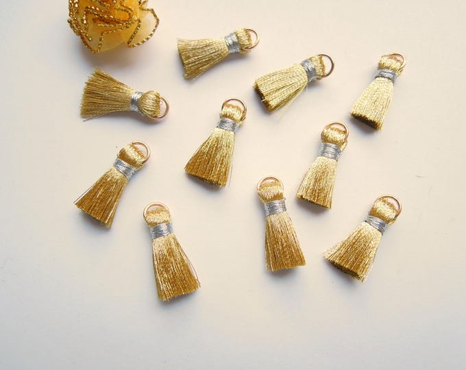 10 Gold mini jewellery tassels - Silver small jewellery tassels - Small gold metallic tassels - Silver jewelry tassels with jump ring