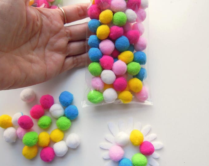 Pack of 50pcs Polyester Pom Poms Mixed Happy Colours 15 mm Craft Loose Pom Poms  Small Loose Bobbles for Crafts Happy Colour Mix