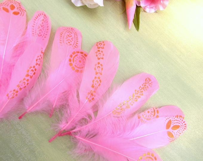 5 Pink feathers painted gold, Gold stenciled feathers, Handpainted quills, Wedding decor, Dreamcatcher DIY, Feather garland, Nursery decor
