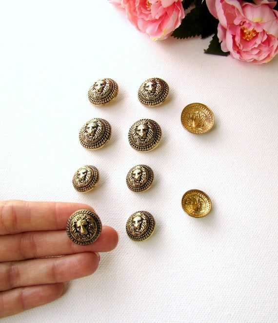 Blue Bobble Buttons 25mm Large 4  Buttons for £2.50-25mm