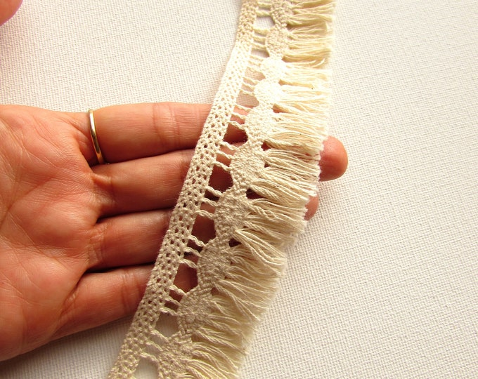 2 yds cream cotton fringe trim 3.5 cm Beige fringe border Bohemian crochet fringe trim Hippie boho style fringe trim for clothing