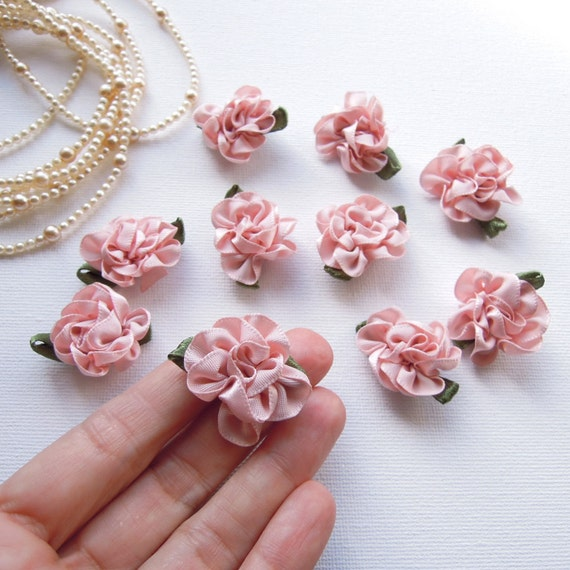 Cute Dolls 10 decorative fabric roses Beige