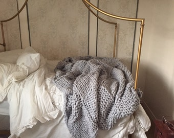 FREE SHIPPING 100x70 Huge Chunky Hand-Knit Blanket