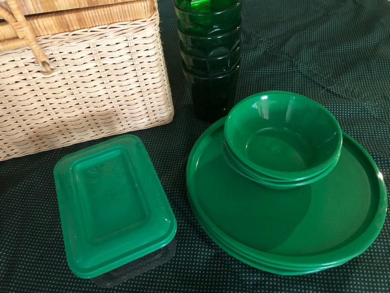 Aladdin Pump a Drink Jug picnic set Picnic Basket and Dinnerware for Four; pump a drink Vintage Picnic Set