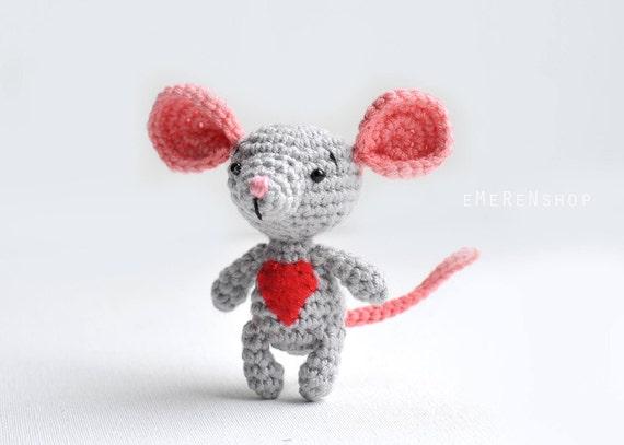 Crochet Tiny Mouse Amigurumi Free Patterns | 407x570