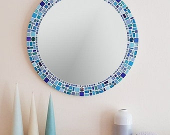 Mosaic Wall Mirror in Blue Turquoise Aqua Teal 50cm, Round Wall Mirror, Bathroom Mirror, Mosaic Wall Art, Turquoise Wall Decor