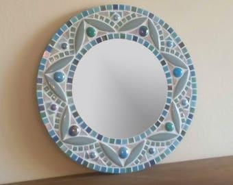 Mandala Mosaic Wall Mirror / Round Mirror in Teal, Green & Turquoise / Bathroom Mirror / Green Wall Decor / Bathroom Wall Decor