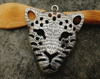 1 pc pendant Panther cat pendant, ethnic pendant, silver, 47 x 40mm