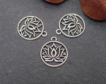 Round lotus flower pendant in silver brass, 22 x19 mm