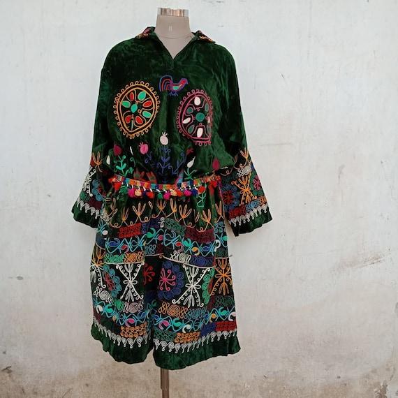 Vintage Trukmenistan, suzani dress, kimono dress,