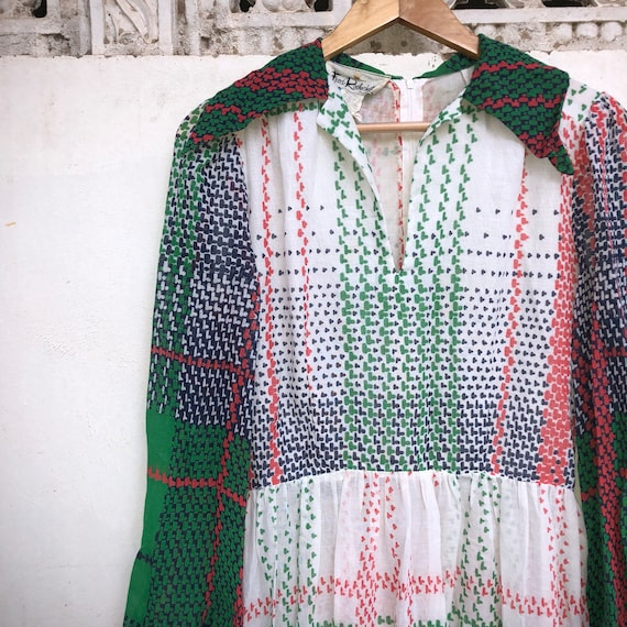 Vintage 70s dress, poly dress, big collar, green,… - image 7