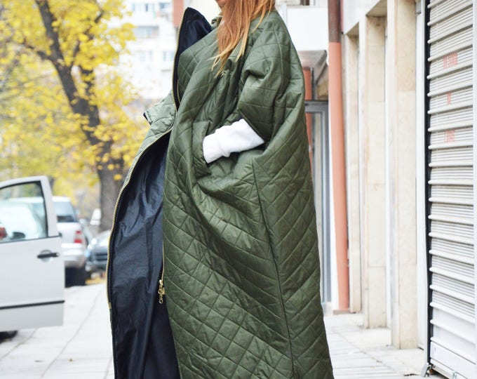 Military Green Maxi Vest, Side Pockets Winter Jacket, Warm Sleeveless Vest, Quilted Windproof Long Zipper Coat, Winter Vest by SSDfashion