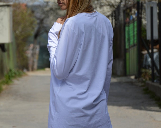 Extravagant Blouse with Zipper, Loose Casual Top, Long Sleeves White Top, White Top, Asymmetric Sexy Tunic by SSDfashion