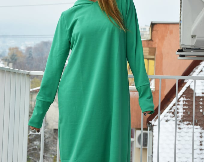 Green Maxi Hooded Dress, Winter Long Sleeves Dress, Women's Oversize Dress, Hooded Elegant Dress by SSDfashion