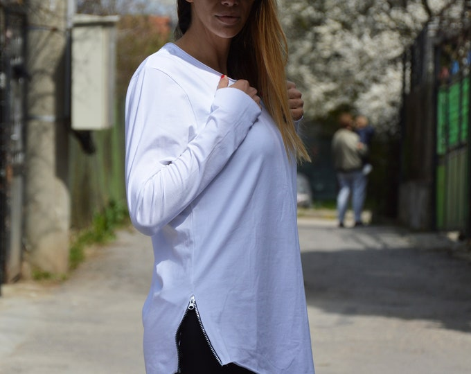 Long Tunic Top for Women, Extravagant Blouse with Zipper, Long Sleeves White Top, Loose Casual Sexy Top, Sexy Top by SSDfashion
