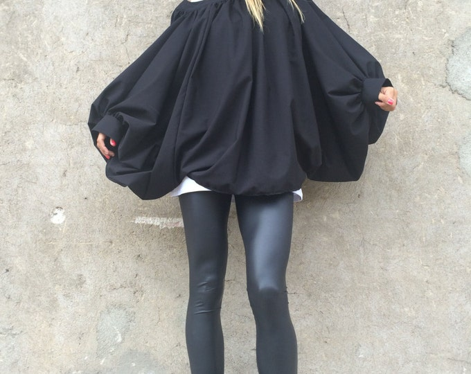 Black Loose Shirt, Women Plus Size Shirt, Urban Style Shirt, Comfortable Work Shirt, Women Extravagant Top by SSDfashion