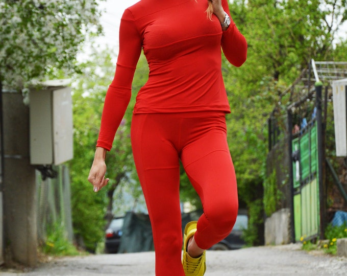 Workout Set, Women Extravagant Top, Handmade Stylish Set, Red Extra Long Leggings, Sport Wear Blouse,Yoga Leggings,Fitness Top by SSDfashion