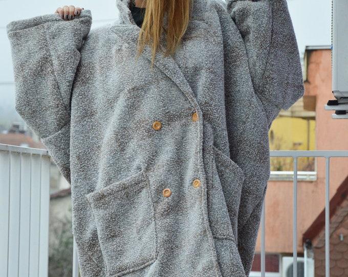 Extravagant Elegant Women Winter Coat, Oversize Wool Boucle Coat, Casual Large Pocket Coat by SSDfashion