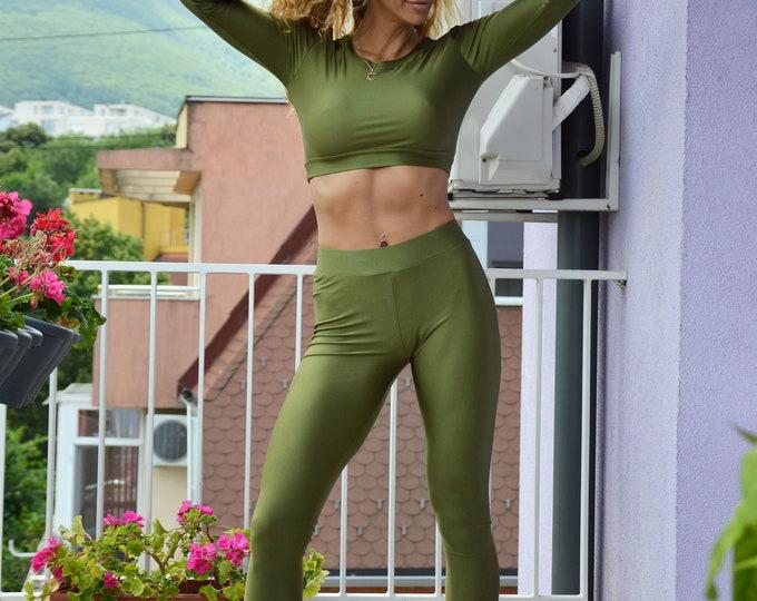 Workout Set, Yoga leggings for Women, Tight-fitting Short Blouse with Long Sleeves, Runner Leggings, Sports Bra Set by SSDfashion