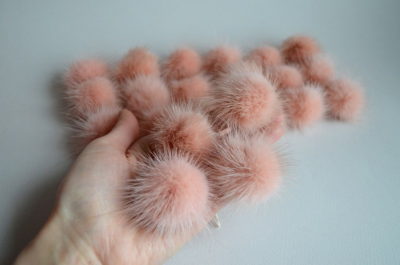 Set of small powder fur pom pom 6 8 10 pcs light rose beige mink pom pom 4.5-5 cm 1.8-2 Mini furry ball