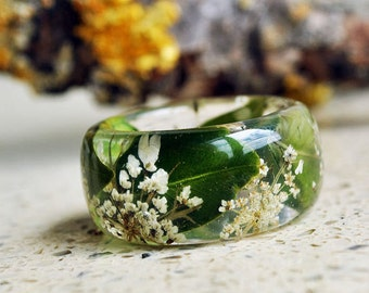 statement ring large ring botanical ring  botanical resin ring  real flower ring green ring Queen Anne's Lace Flower ring wedding ring set