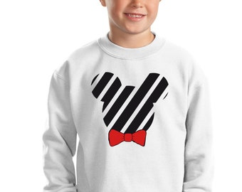 Boy sweater Silhouette red or animal print bow tie