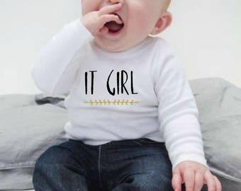 Round neck girl t-shirt IT GIRL