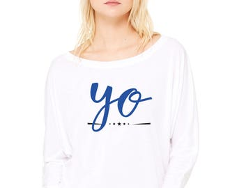Woman tee with bat sleeves. YO