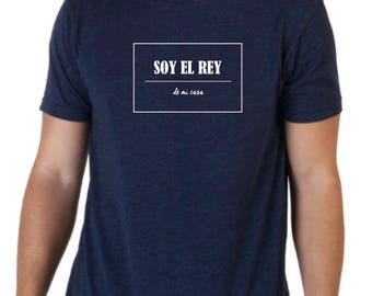 Round neck men short sleeve t-shirt SOY EL Rey de mi casa