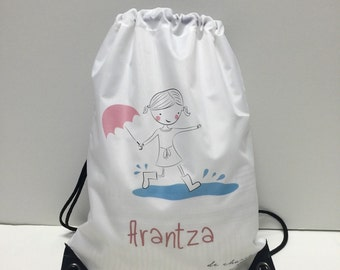 Back Pack for girls with the logo doll and the name. For the gym, swimming pool...