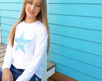 Round neck girl t-shirt or body IT GIRL in a STAR