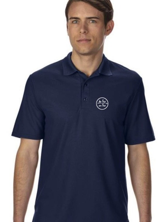 Double pique polo t-shirt for men De Tee En Tee logo in different colors.