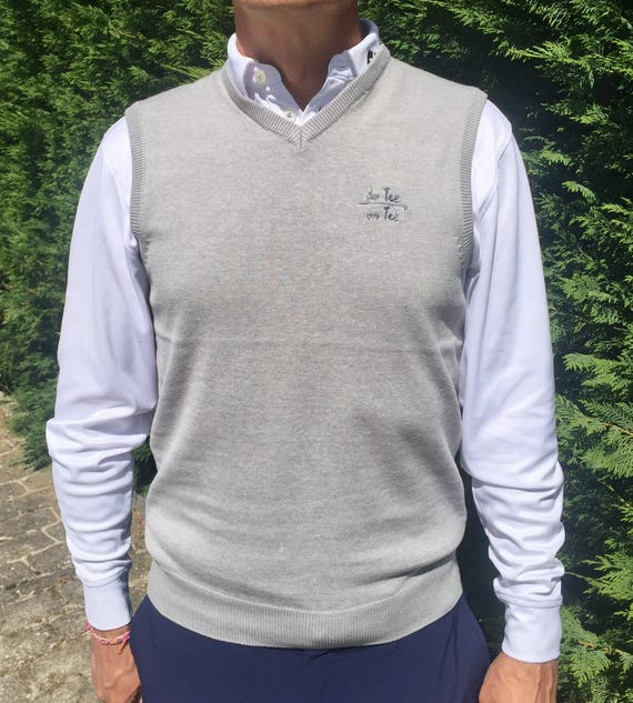 Pullover for men De Tee En Tee EMBROIDERED logo in different colors.