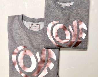 Pack short sleeve grey sweaters LOVE in pink gold