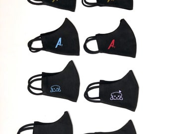 Customized MASKS in black or white, different sizes, with or without bag.