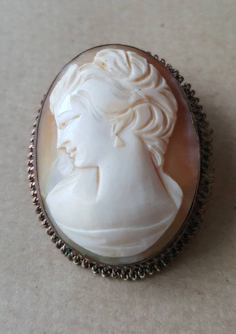 Antique Cameo Brooch Pendant 1910 Edwardian Unusual Left Facing Hand Carved Shell Cameo Brooch Pendant