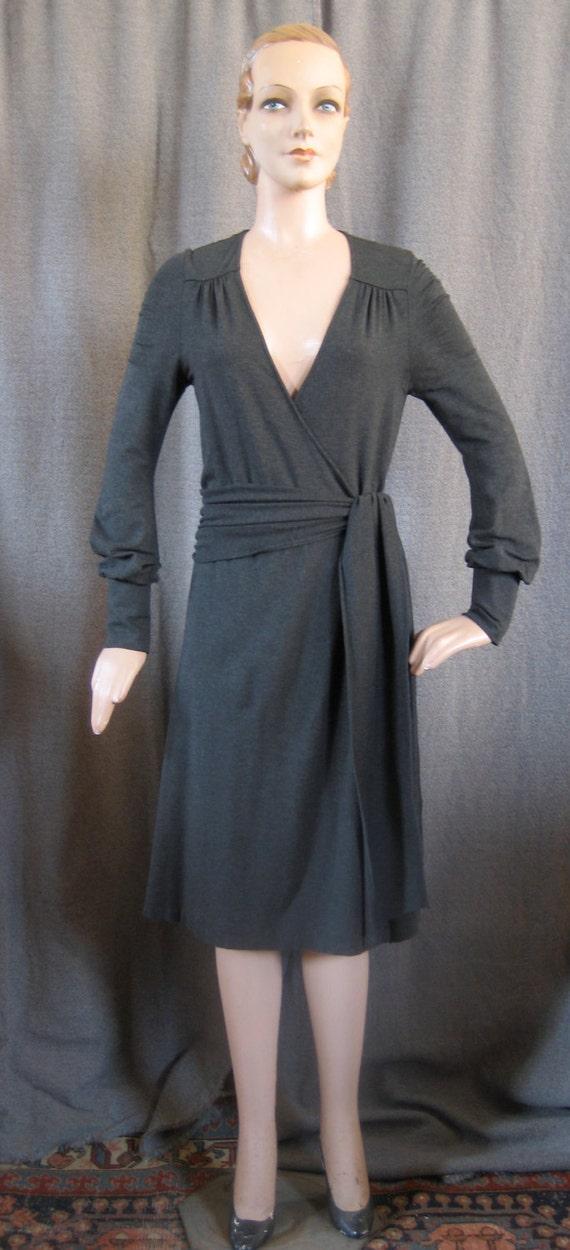 Diane von Furstenberg long sleeved charcoal jersey