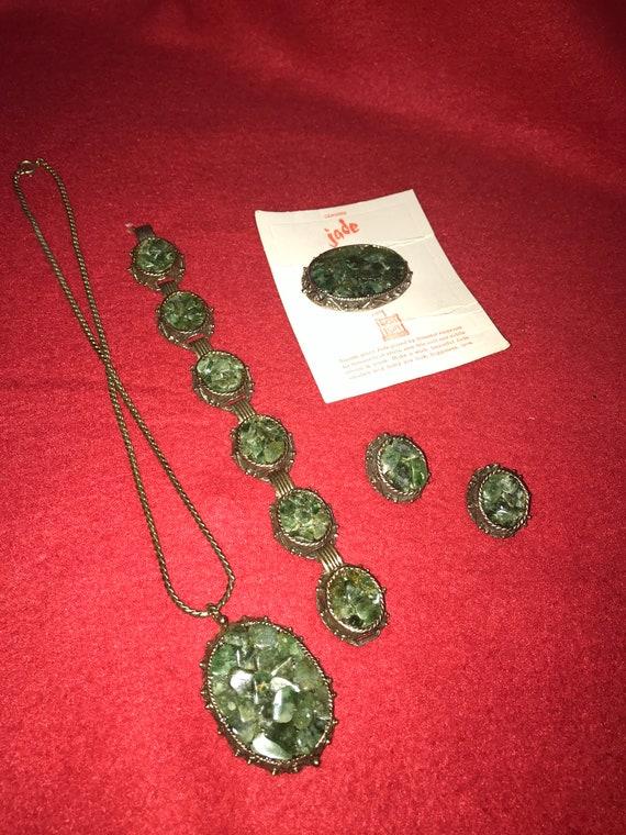Crushed Green JADE Stone Jewery Set - Brooch - Bra