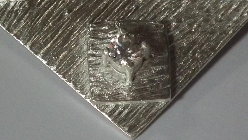 999 Silver Design brooch with zirkonia