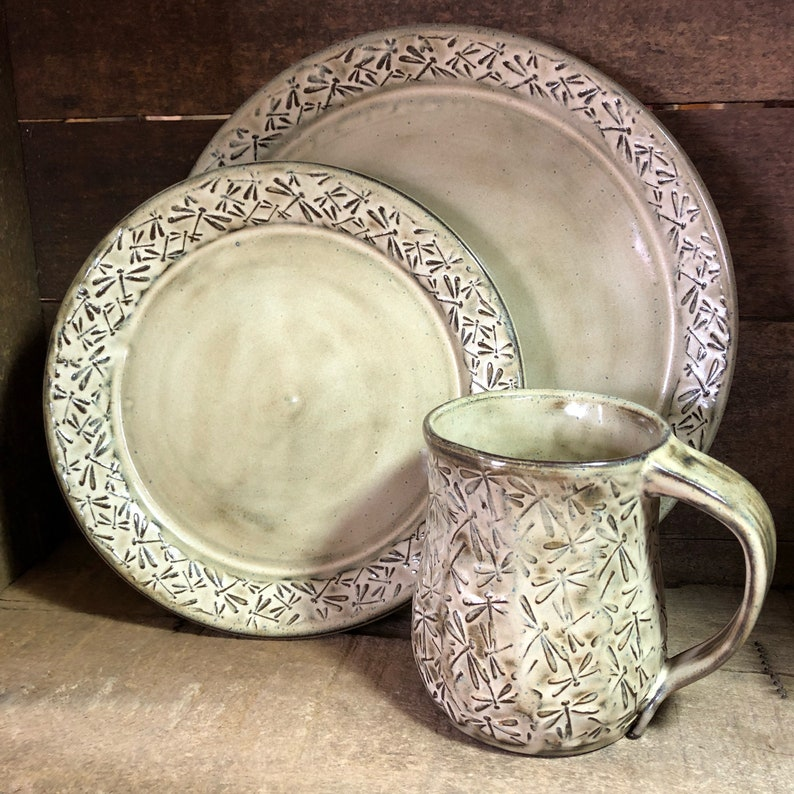 Dragonfly pottery  12-16 piece dinnerware set with embossed image 0