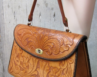 ec7805795d0 Vintage Leather Tooled Purse Handbag Tan Floral Pattern 1970s Western  Country Cowgirl Accessory