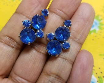 Sparkling Blue Vintage Screwback Earrings. Complimentary Shipping.