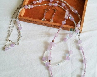 This is a very sweet necklace and earring set featuring lavender and crystal beading.  FREE SHIPPING