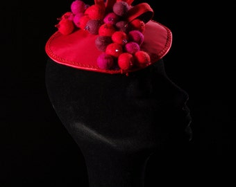 Fascinator color rosa cipria con veletta cappello del derby  4687db9ccafd