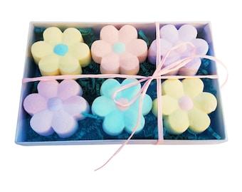 Flower Bath Bomb Gift Box-Bath Bomb Gift Set- Flower Bath Bombs- Bath Bomb Daisies-Gifts for Her-Flower Girl Gift- Easter gifts for kids