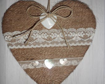Sisal and linen heart decoration