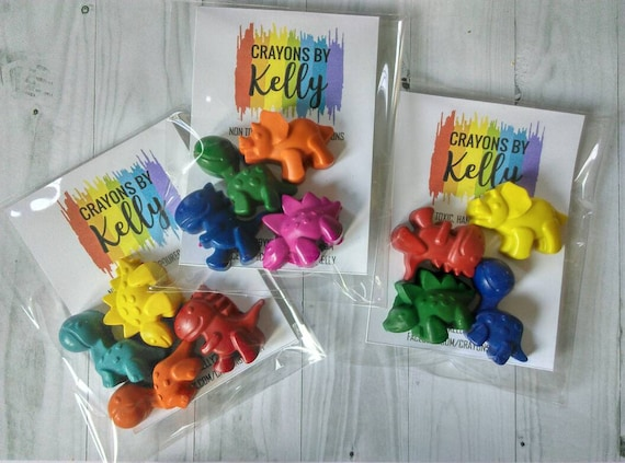 1b73962ec5892 Dinosaur 2 or 4 Party Favours Packs, Dinosaur Shaped Crayon, Party Bag  Fillers, Kids Gifts, Stocking Filler
